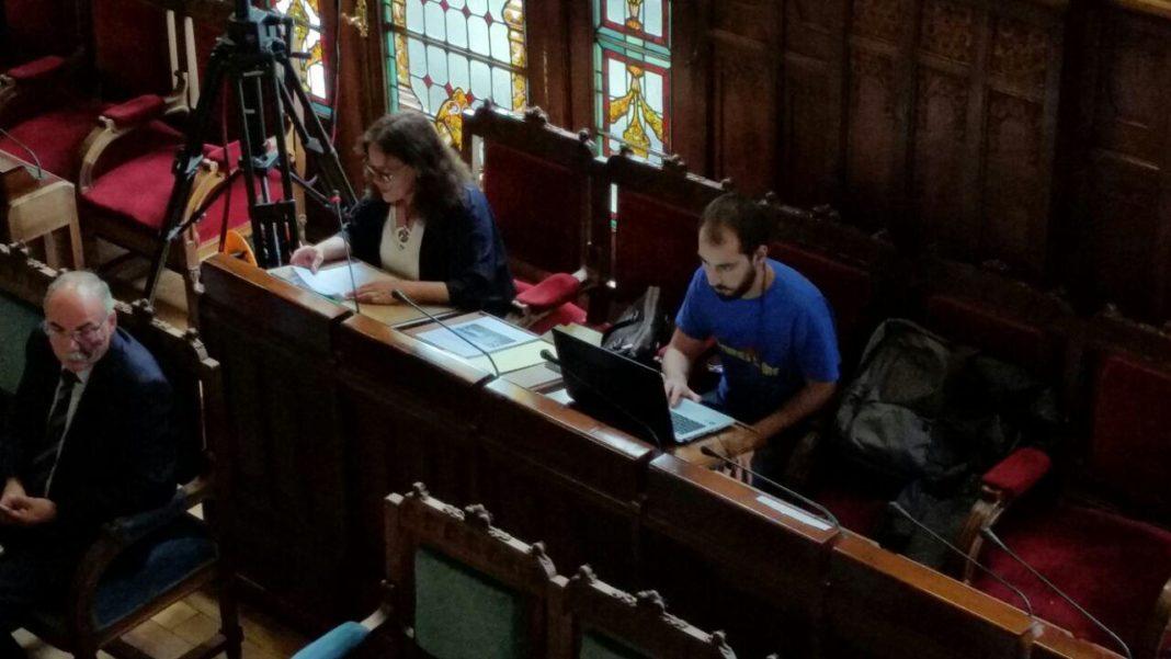 Paula Valero en comparecencias en la Xunta Xeneral