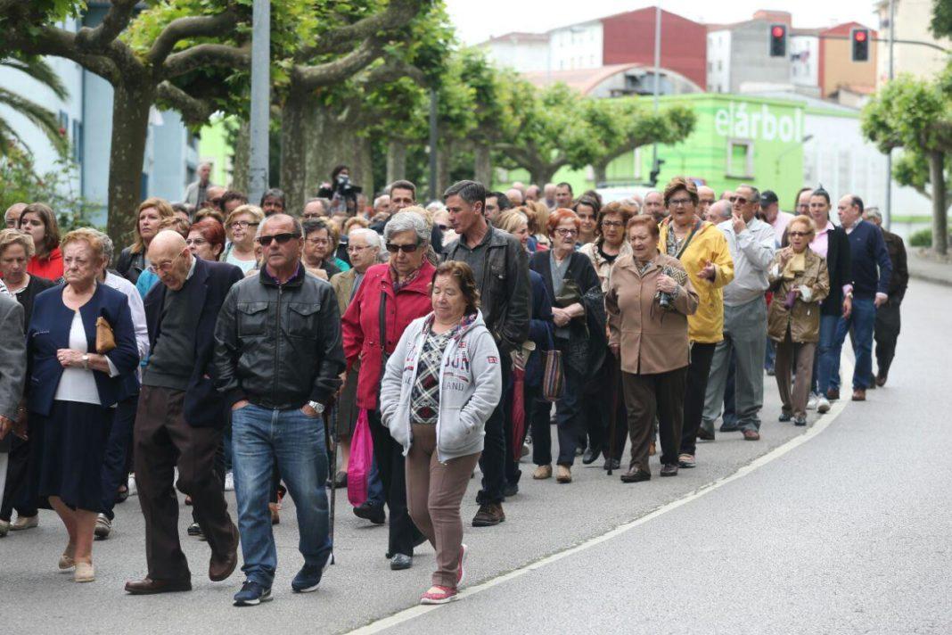 Manifestación de apoyo a las trabajadoras del supermercado de Llaranes