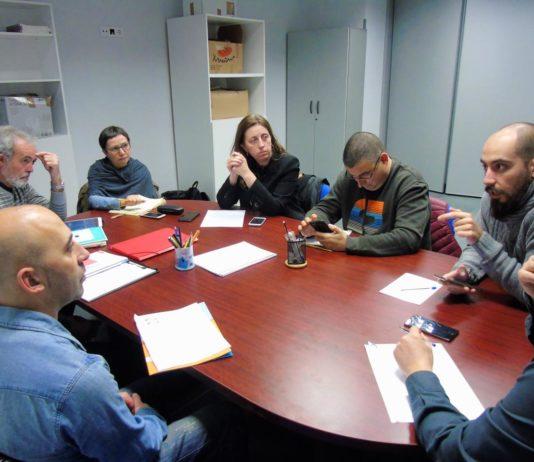 Lorena Gil, Yolanda Huergo y Héctor Piernavieja reunidos con el Foro de Movilidad Sostenible en Xixón