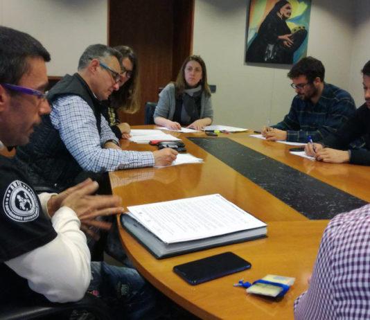 La candidata a la Presidencia de Podemos Asturies y Segundo González se reunieron con colectivos de autónomas y autónomos