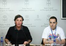 Enrique López con el secretario general de la Corriente Sindical de Izquierda (CSI), Nacho Fuster, en rueda de prensa en la Junta del Principado