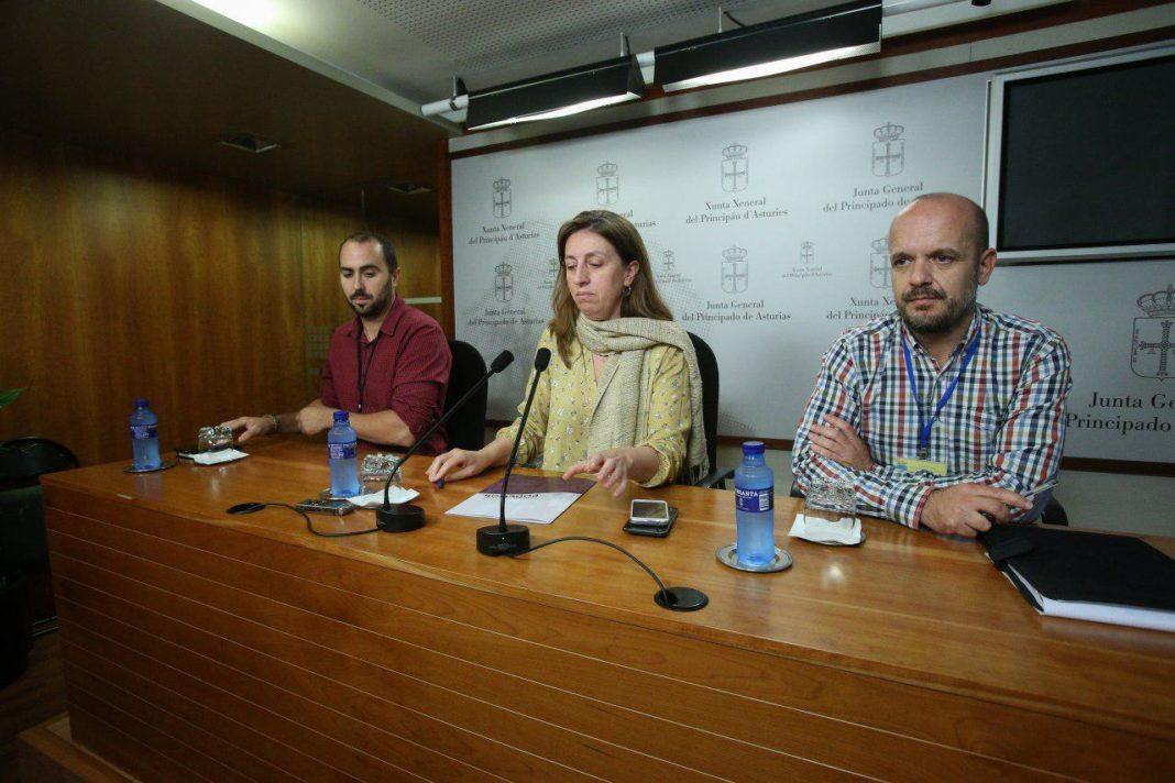 Lorena Gil. Rueda de prensa Duro Felguera