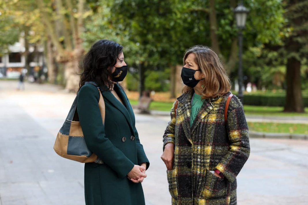 Nuria Rodríguez y Ana Taboada reclaman a la Consejería de Industria y al Ayuntamiento de Uviéu, que permita la celebración de una cita emblemática para la capital asturiana