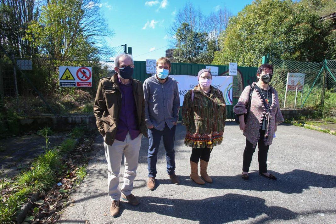 Podemos propone regenerar con fondos europeos los espacios degradados de Llangréu
