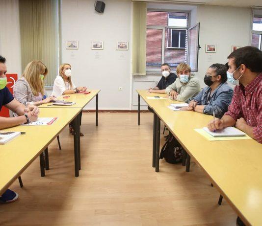 Mantuvimos un encuentro con UGT Asturies para fijar objetivos comunes con el fin de fortalecer y ampliar el estado de bienestar y poner freno a la ultraderecha.